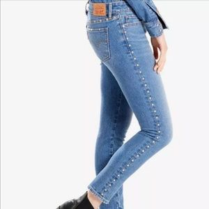 Levi's 711 Skinny with metal studs